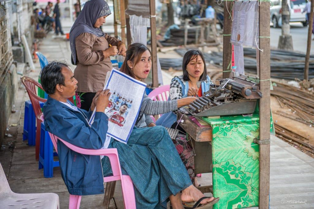 Ecrivain publique Yangon